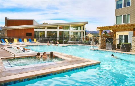 Student Apartments for Rent in Colorado   Live West Edge