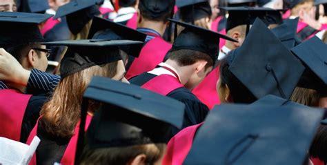 Harvard Mba Graduation 2015 by いまさらmbaを取得しても意味ないの Mbaのいまの評価は Career Supli