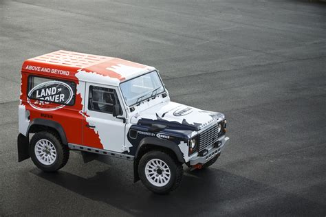 land rover racing file land rover bowler starter s order defender