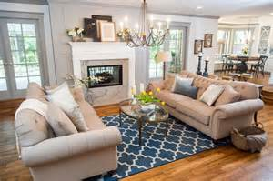 Joanna Gaines Living Room Design Photos Hgtv S Fixer With Chip And Joanna Gaines Hgtv