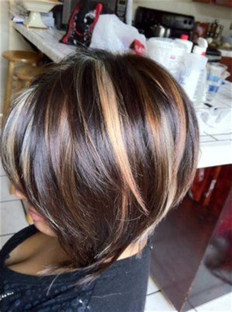 short brown hair with chunky blond brown hair with carmel and blonde highlights regia dark