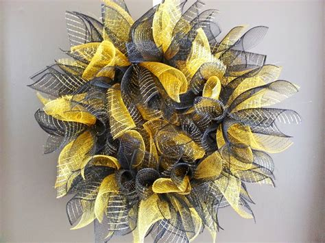 deco mesh wreath new orleans crafts by design how to make a deco mesh