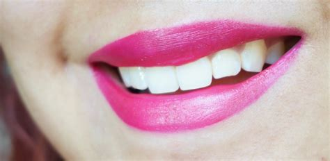 Brighten Up Your Smile With Sexysmile Lip Gloss by Best Liquid Lipstick Award Goes To The Estee Lauder