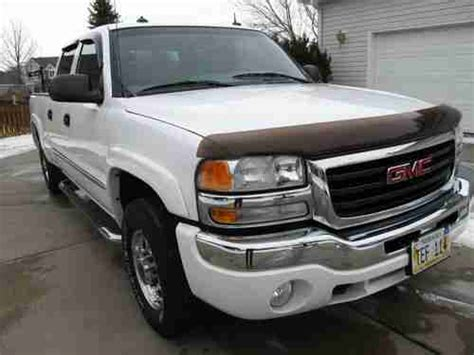 purchase used 2003 gmc sierra 2500 hd slt extended cab pickup 4 door 6 6l in fitchburg purchase used 2003 gmc sierra 1500 hd 2500 slt crew cab 4wd 82k miles non smoker clean in