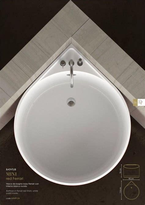 small bathtubs with shower best 20 small bathtub ideas on pinterest