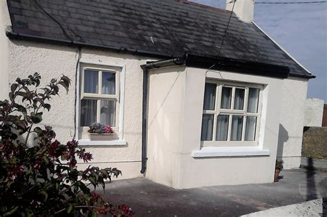 Rent A Cottage In Ireland by Cottage To Rent In Ballycotton Ireland Near 4460