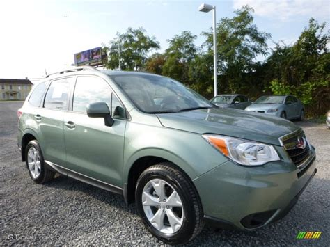 green subaru forester 2016 2016 green metallic subaru forester 2 5i premium