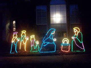 we groovy people rope light nativity