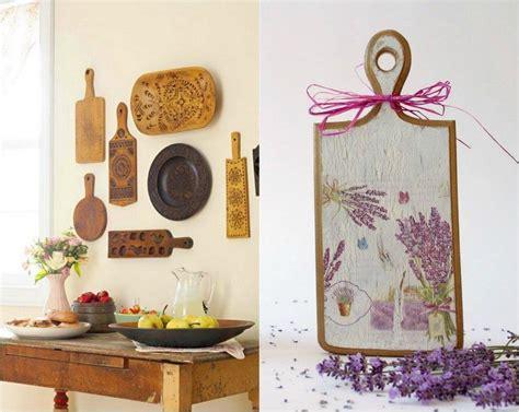 d馗oration murale cuisine accessoires de cuisine en bois 17 id 233 es originales et nature