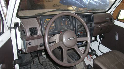 how things work cars 1993 suzuki sidekick interior lighting 1991 suzuki samurai interior pictures cargurus