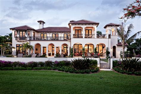 Hiuse Plans riverfront villa south florida