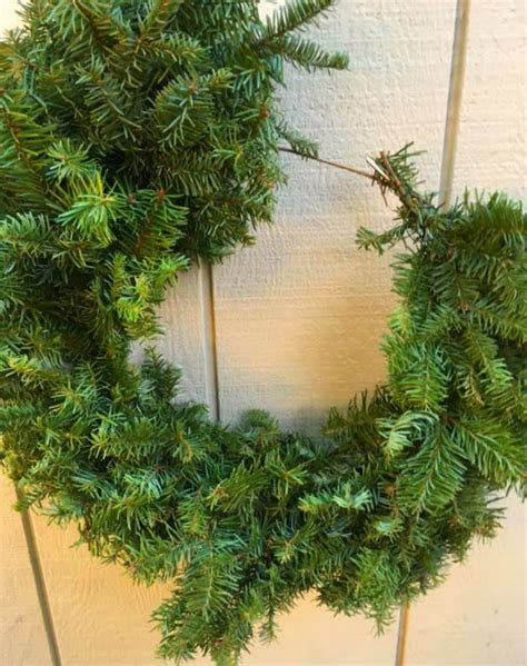 shoestring elegance make your own wreath from your