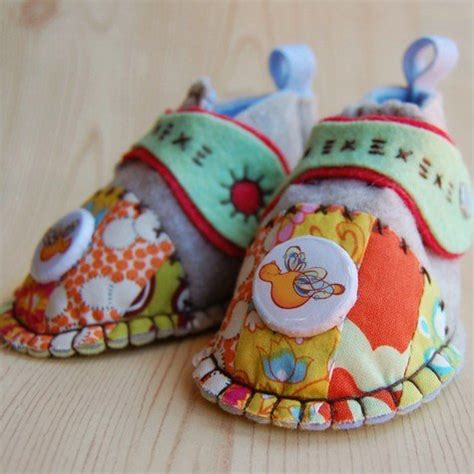 Handmade Baby Shoes Pattern - fashion sewing patterns inspiration community and