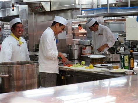 Kitchen Staffing Agencies samsara restaurant healthy on the sea
