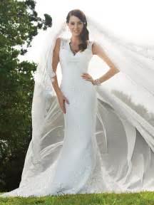 wedding dresses design lace wedding dress with keyhole back