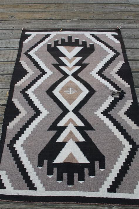 two grey rugs two gray wool navajo rug collectors weekly