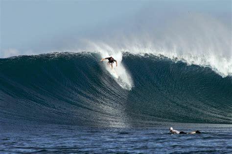 Surfing On Waves Bali nusa lembongan big waves big adrenaline bali surf travels