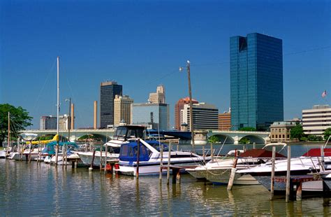 Toledo Ohio Search Toledo Oh Toledo S Skyline Photo Picture Image Ohio At City Data