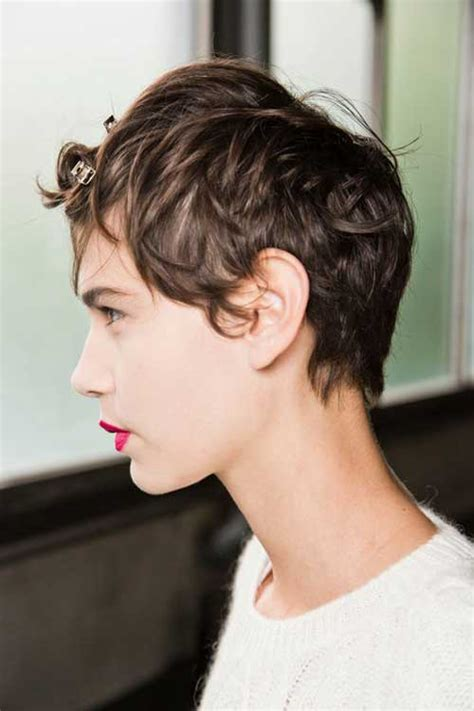 pixie cuts with a little wave best hairstyles for short wavy hair short hairstyles
