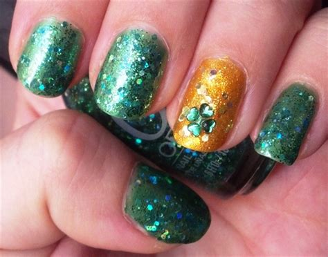 easy nail art leaf easy four leaf clover rhinestone nails nail art gallery