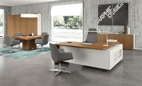modern executive office desks t45 executive desks from the quadrifoglio architonic