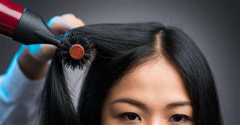 cara catok rambut sendiri agar tahan lama 5 cara mudah agar hasil blow rambut bisa tahan lebih dari