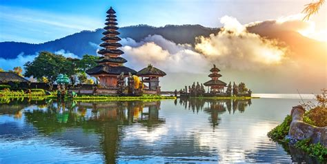 indonesia travel guide  place  stay  bali