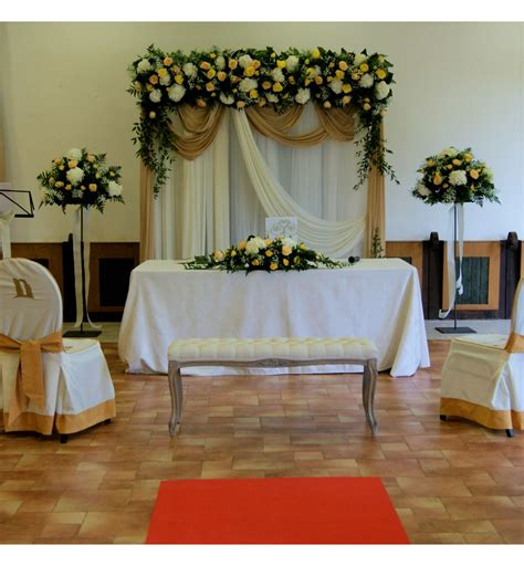 decoracion boda civil decoraci 243 n de boda civil con arco floral con hortensia y rosas