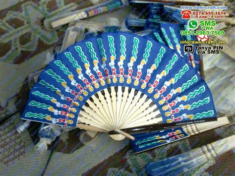 Eksklusif Custom souvenir kipas eksklusif souvenir pernikahan