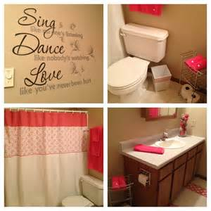 Cute Bathroom Ideas For Apartments by Cute Apartment Bathroom Love The Color Apartment Ideas