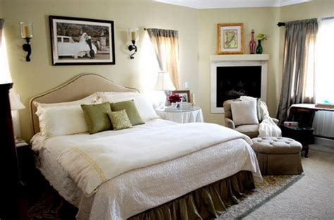 beautiful small master bedrooms how to decorating master bedroom with your own creative