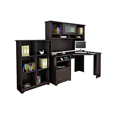 bush cabot corner desk bush furniture cabot corner desk with hutch and 6 cube