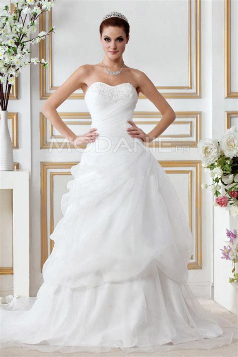 White Strapless Applique Tulle Wedding Dress