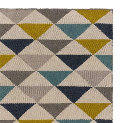dekorieren mit rindsleder teppich 220 ber 1 000 ideen zu bodenteppiche auf stahl