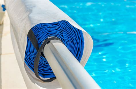 Solar Blanket Pool Cover by How To Install A Solar Blanket Reel Ebay