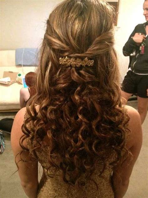 Hairstyles For Curly Hair Homecoming | 30 hairstyles for long hair for prom
