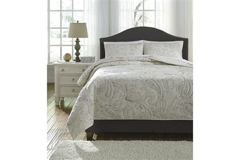 sage green coverlet darcila king coverlet set in sage green and cream by ashley 174