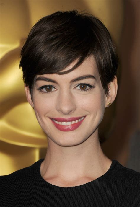 8 Hairstyles I Loved At The Oscars by Hathaway I A Pixie Cut Tip Top Mop On