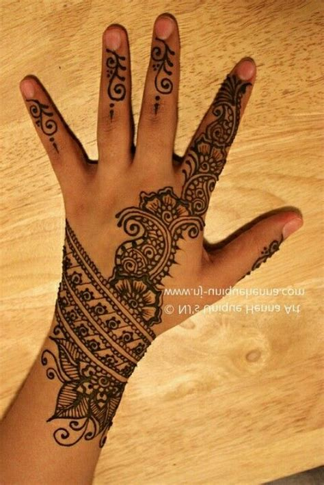design henna kaki simple simple mendhi love love the wrist piece beautiful