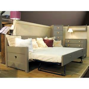 Day Beds Pull Out Gigogne Pull Out Bed For Mer Montagne Day Bed