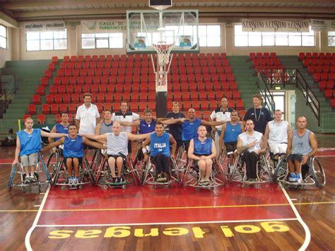 ospedale santo stefano porto potenza picena basket in carrozzina due atleti santo stefano