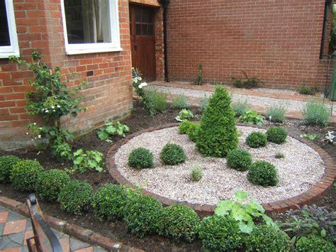 an edwardian front garden in central winchester plot