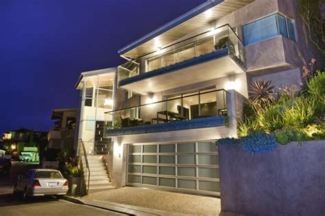 modern houses for sale seller carry back homes by the beach in laguna beach ca