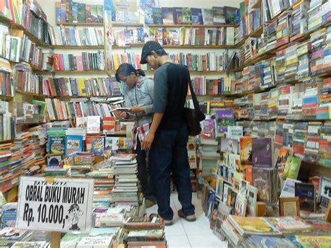 Toko Murah Dijakarta 5 Tempat Berburu Buku Murah Di Jakarta Wisata Jakarta