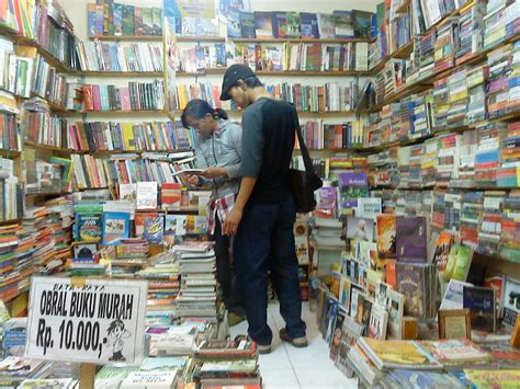 Murah Di Jakarta 5 tempat berburu buku murah di jakarta wisata jakarta