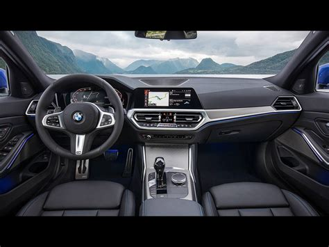 Bmw 3 Series 2019 Ksa by 2019 Bmw 3 Series Is Bigger Yet Lighter Than Before