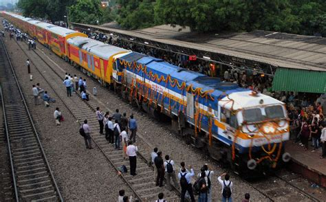 Delhi: AC double-decker for Jaipur flagged off - IBNLive