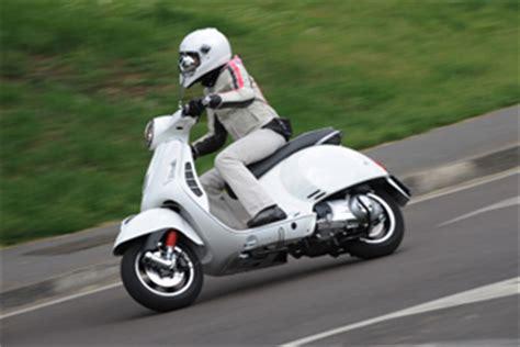 Motorrad 125 Ccm Einfahren by Vespa Gts 300 Sport Technische Daten Gebraucht