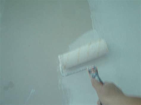 Comment Peindre Plafond by Comment Peindre Un Plafond Bricobistro