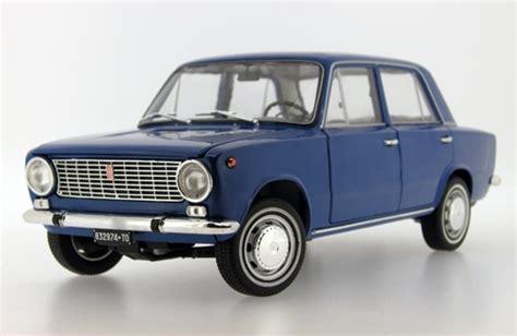 lada anni 70 fiat 124 italy 1970 blue die cast model ixo ist18001fib
